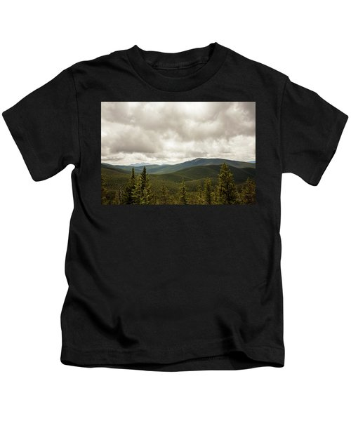 Near Monarch Pass At The Continental Divide Kids T-Shirt