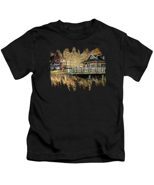 Neskowin Trading Company And Cafe On Hawk Creek  Kids T-Shirt