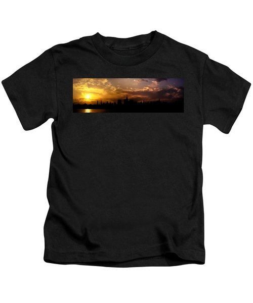 New York City Skyline At Sunset Panorama Kids T-Shirt