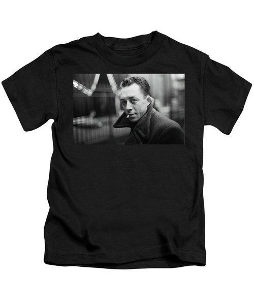 Nobel Prize Winning Writer Albert Camus Paris 1944 - 2015           Kids T-Shirt