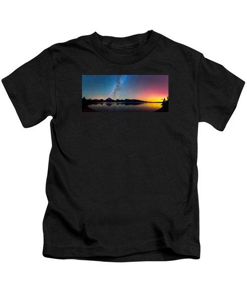 Northern Lights Over Jackson Lake Kids T-Shirt