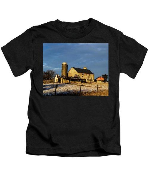 Old Barn 2 Kids T-Shirt