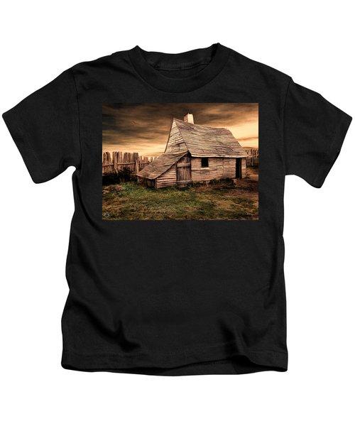 Old English Barn Kids T-Shirt