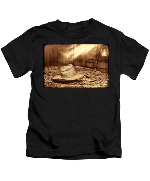 Old Farmer Hat And Rope Kids T-Shirt