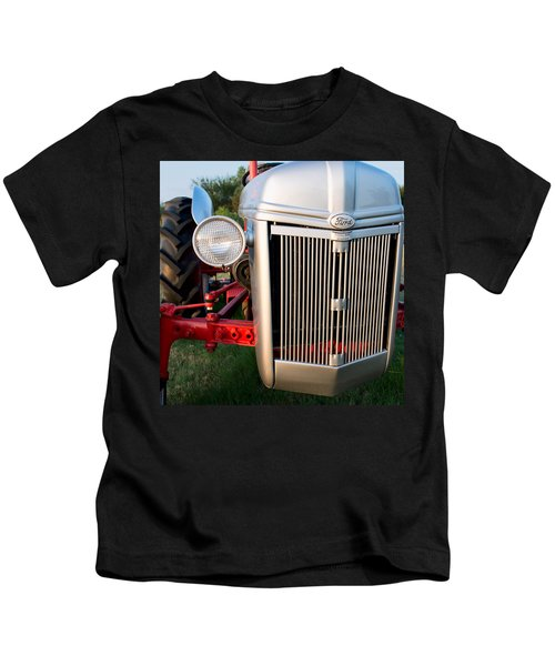 Ford Tractor 9n Tractor Front Kids T-Shirt