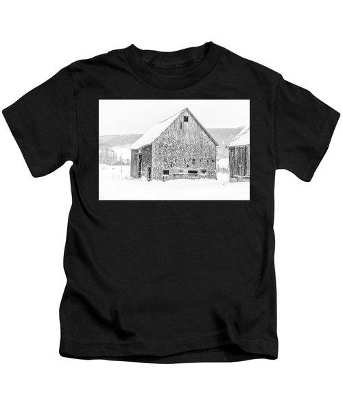 Old Grantham Barns Winter Kids T-Shirt