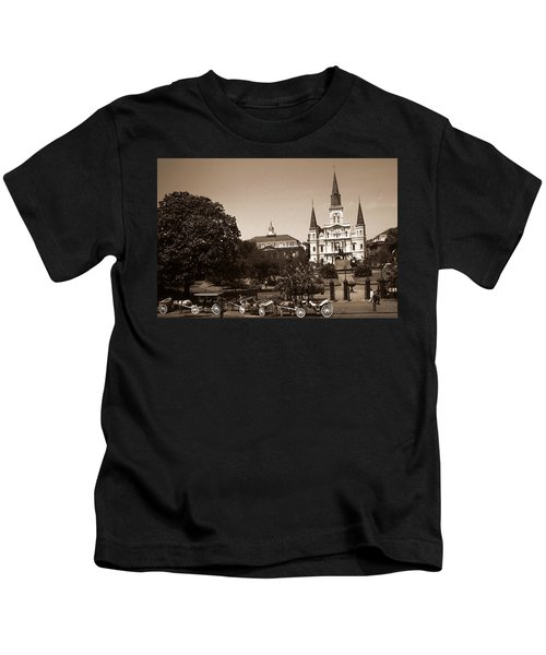 Old New Orleans Photo - Saint Louis Cathedral Kids T-Shirt