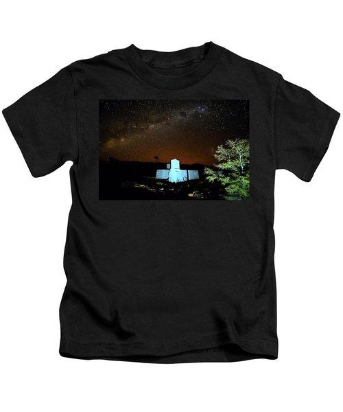 Old Owen Springs Homestead Kids T-Shirt