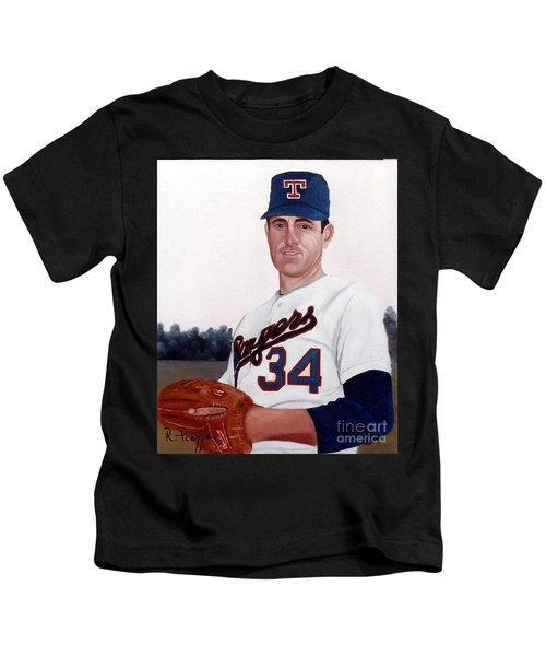 Older Nolan Ryan With The Texas Rangers Kids T-Shirt