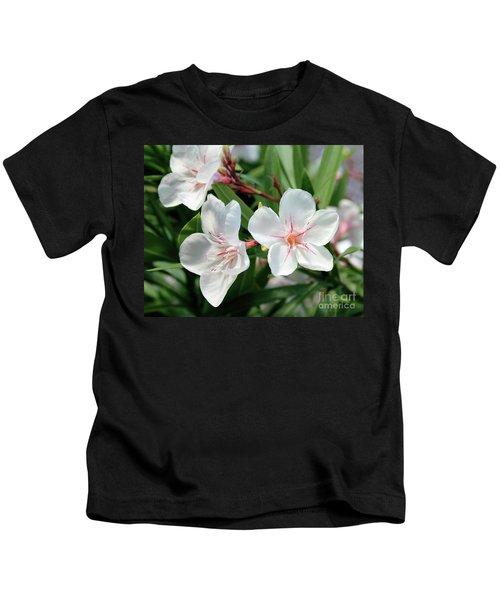 Oleander Harriet Newding 3 Kids T-Shirt