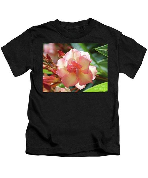 Oleander Mrs. Roeding 1 Kids T-Shirt