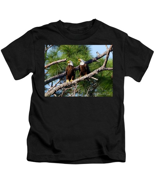 Pair Of American Bald Eagle Kids T-Shirt