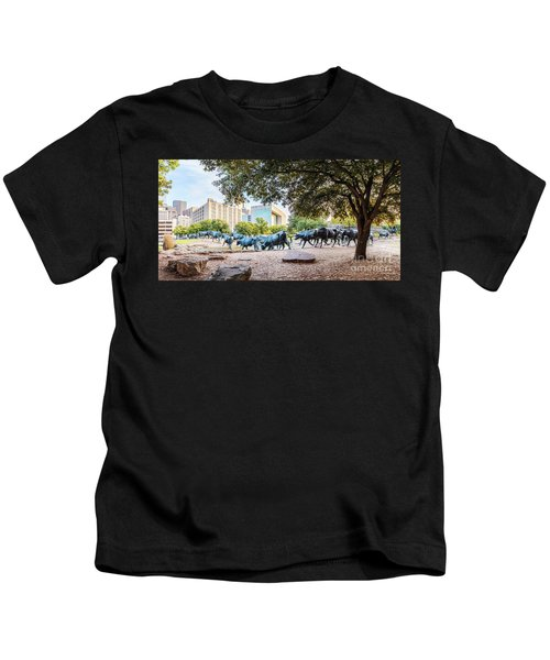 Panorama Of Cattle Drive At Pioneer Plaza In Downtown Dallas - North Texas Kids T-Shirt