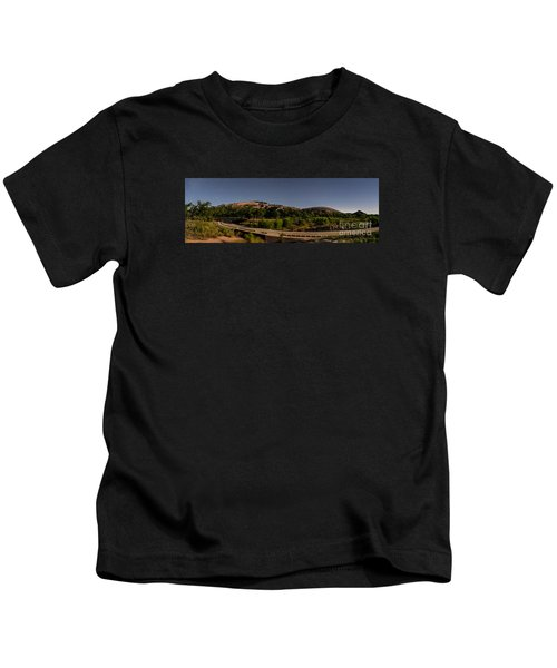 Panorama Of Enchanted Rock At Night - Starry Night Texas Hill Country Fredericksburg Llano Kids T-Shirt