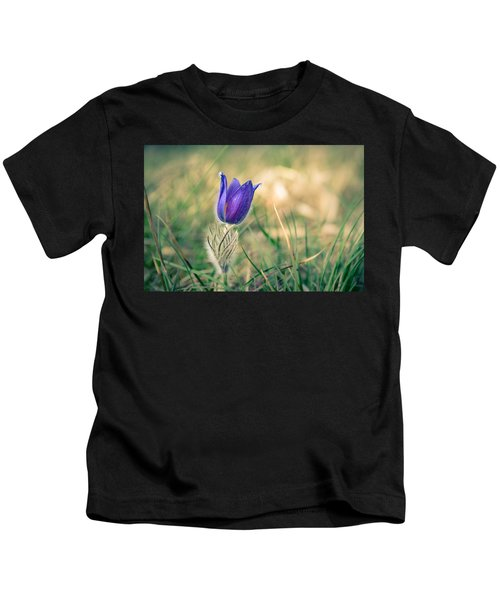 Pasque Flower Kids T-Shirt