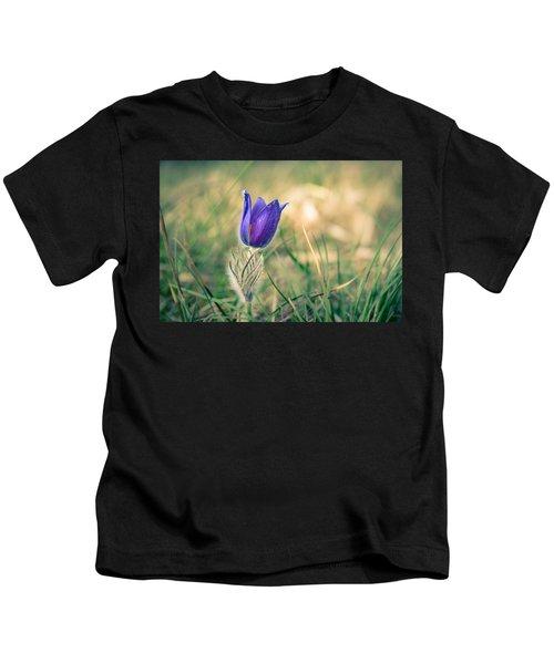 Pasque Flower Kids T-Shirt