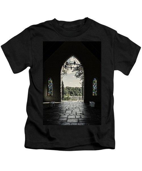 Peaceful Resting  Kids T-Shirt