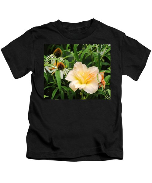 Peach Day Lily Kids T-Shirt