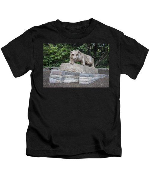Penn Statue Statue  Kids T-Shirt