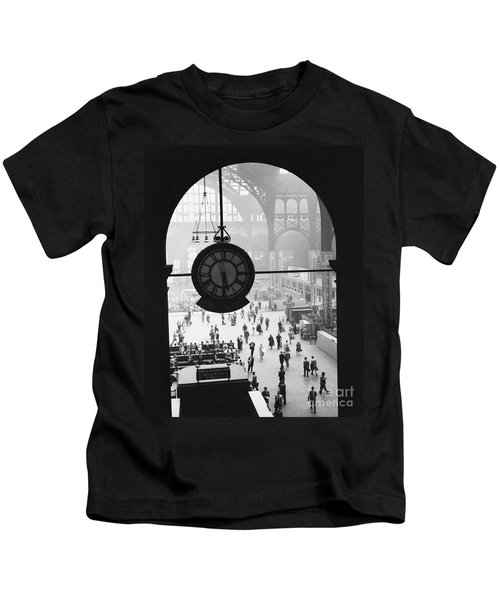 Penn Station Clock Kids T-Shirt