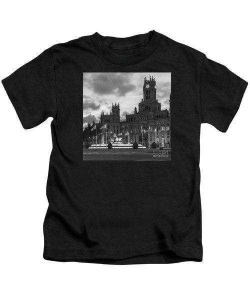 Plaza De Cibeles Fountain Madrid Spain Kids T-Shirt