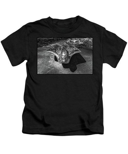 Pontiac Hood Ornament Kids T-Shirt