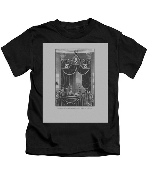 President Abraham Lincoln Lying In State Kids T-Shirt