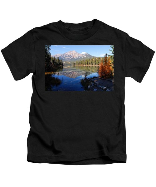 Pyramid Moutain Reflection Kids T-Shirt