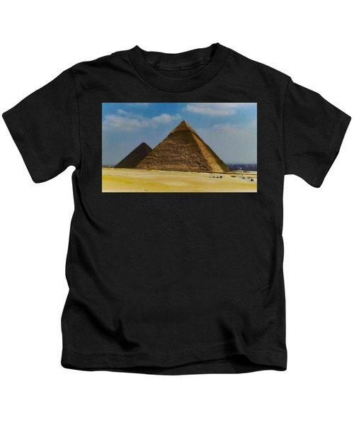 Pyramids, Cairo, Egypt Kids T-Shirt