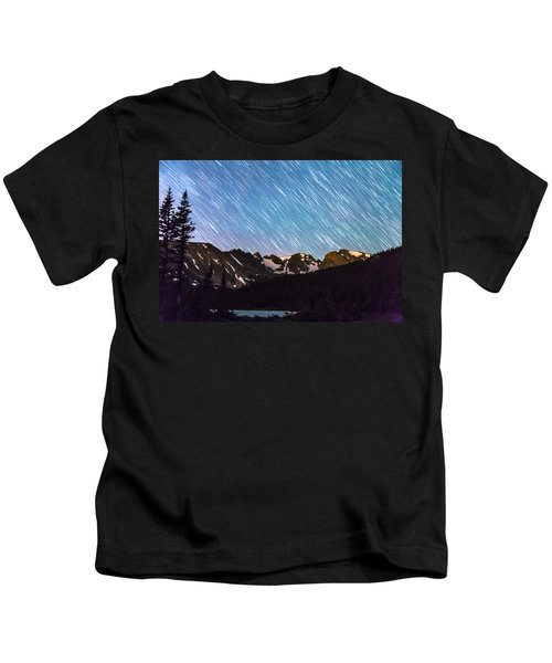 Raining Stars Over Longs Lake And The Indian Peaks Kids T-Shirt