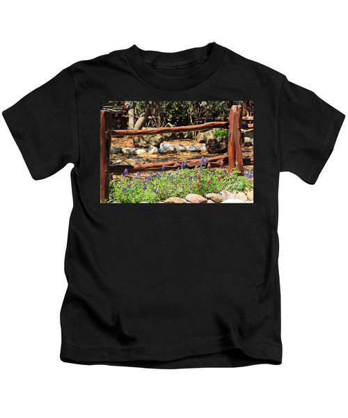 Red And Bluebonnets Kids T-Shirt