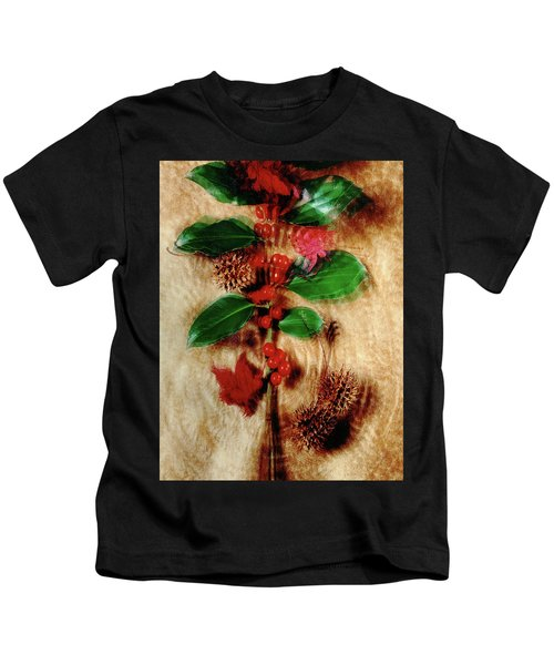 Red Holly Spinning Kids T-Shirt