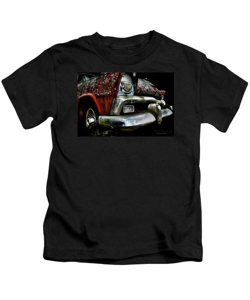 Red Plymouth Belvedere Kids T-Shirt