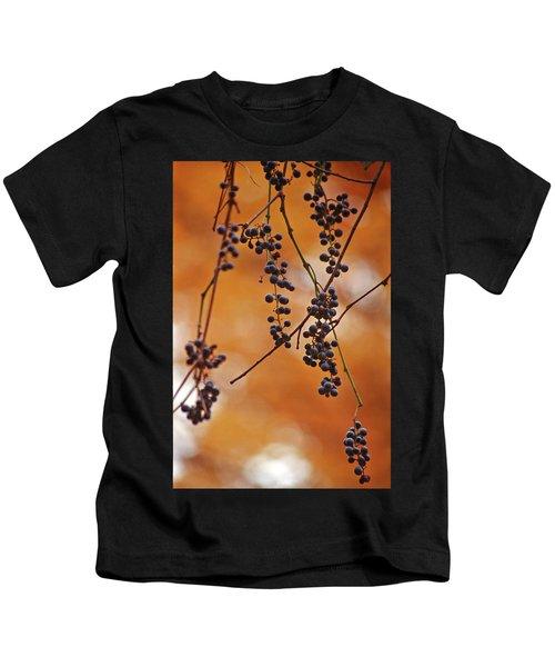 Ripe Wild Grapes  Kids T-Shirt