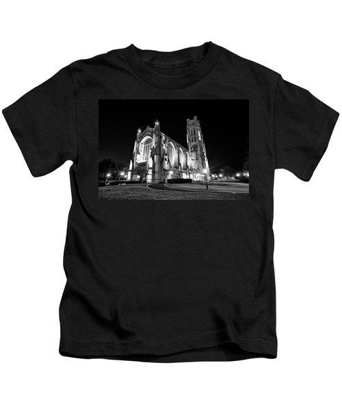 Rockefeller Chapel - B And W Kids T-Shirt by CJ Schmit