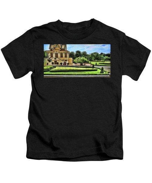 Royal Palace Courtyard  Kids T-Shirt