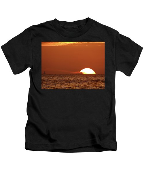 Sailing In The Sunset Kids T-Shirt