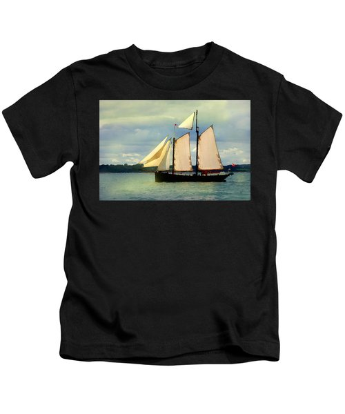 Sailing The Sunny Sea Kids T-Shirt
