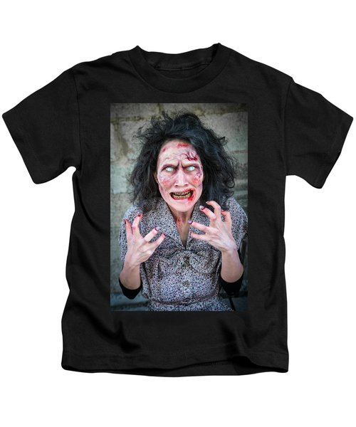 Scary Angry Zombie Woman Kids T-Shirt