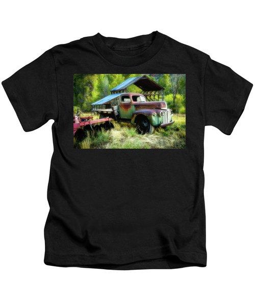 Seen Better Days - Ford Farm Truck Kids T-Shirt