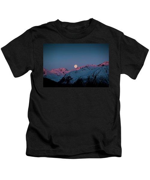 Setting Moon Over Peaks IIi Kids T-Shirt