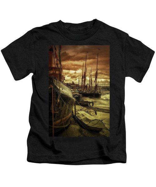 Ships From Essex Maldon Estuary Kids T-Shirt