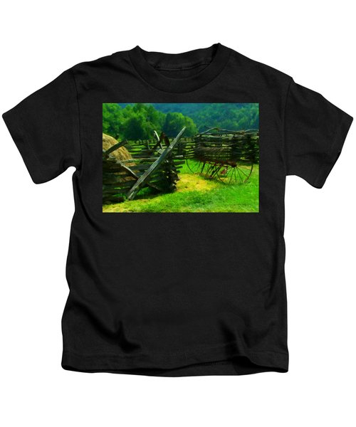 Smoky Mountain Farm 1900s Kids T-Shirt