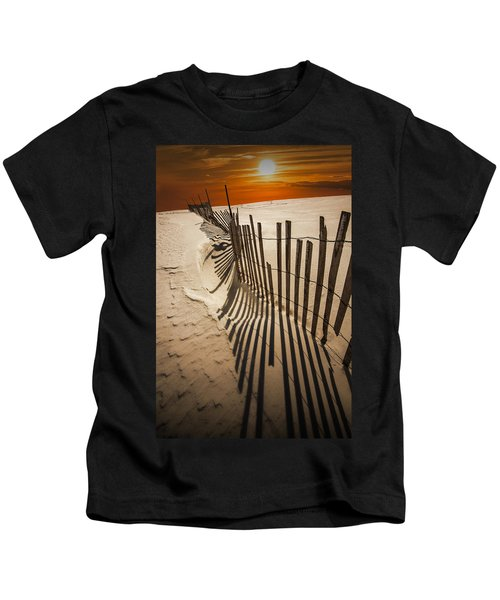 Snow Fence At Sunset Kids T-Shirt