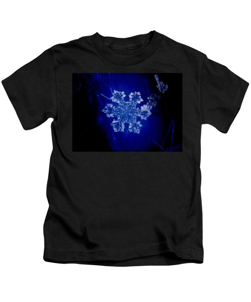 Snowflake On Blue Kids T-Shirt