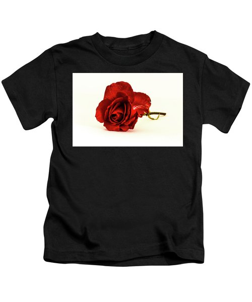 Red Rose Bud Kids T-Shirt