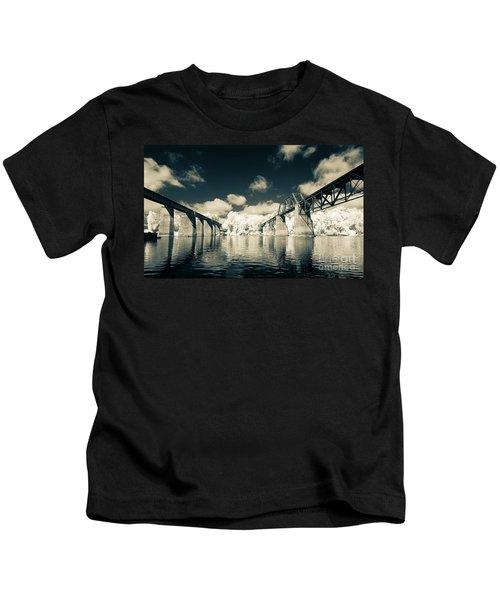 Congaree Trestles Cayce, Sc Kids T-Shirt