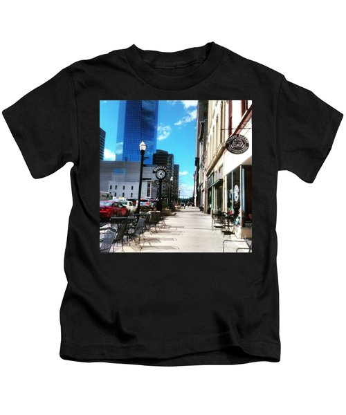 Spring Day In Downtown Lexington, Ky Kids T-Shirt
