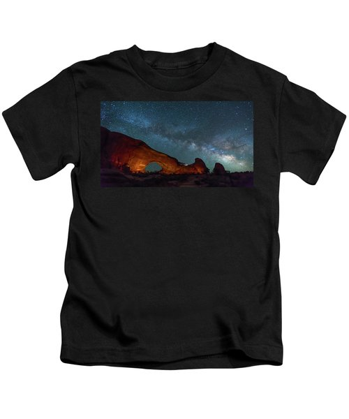 Starry Night At North Window Rock Kids T-Shirt