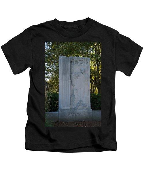 Statue Kids T-Shirt